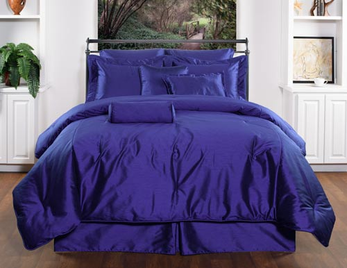 Royal Manor Blue Bedding