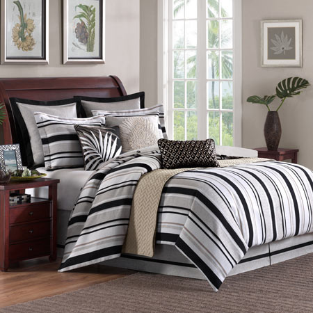 Pine Manor Comforter Set