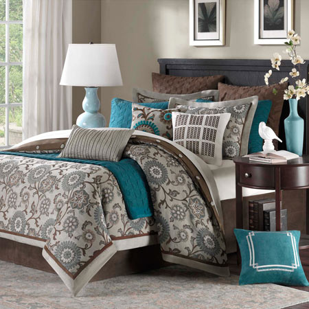 Bennett Place Bedding