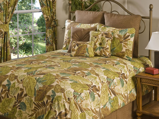 Bahia Grand Suite Bedding Set