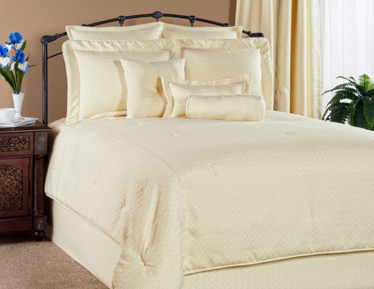 Atlantis Comforter Set