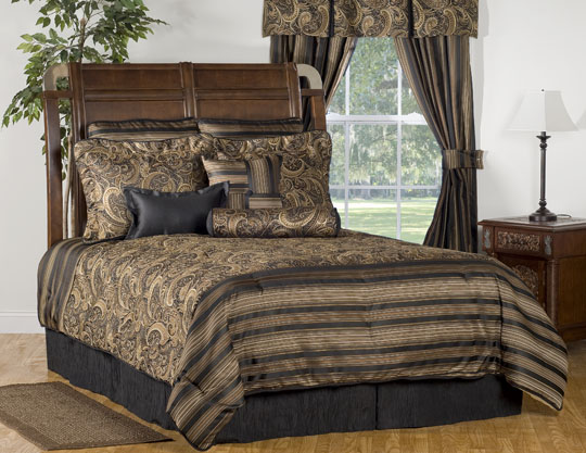 Winslow Grand Suite Bedding Set